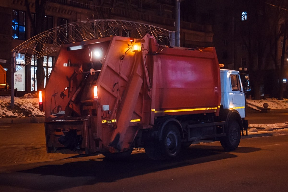 Уборка и вывоз мусора из ЮВАО